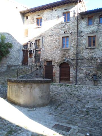 Ostello di Monterone. Casa per gruppi e famiglie - Monterone - Alberg