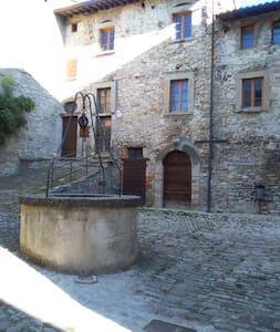 Ostello di Monterone. Casa per gruppi e famiglie - Monterone