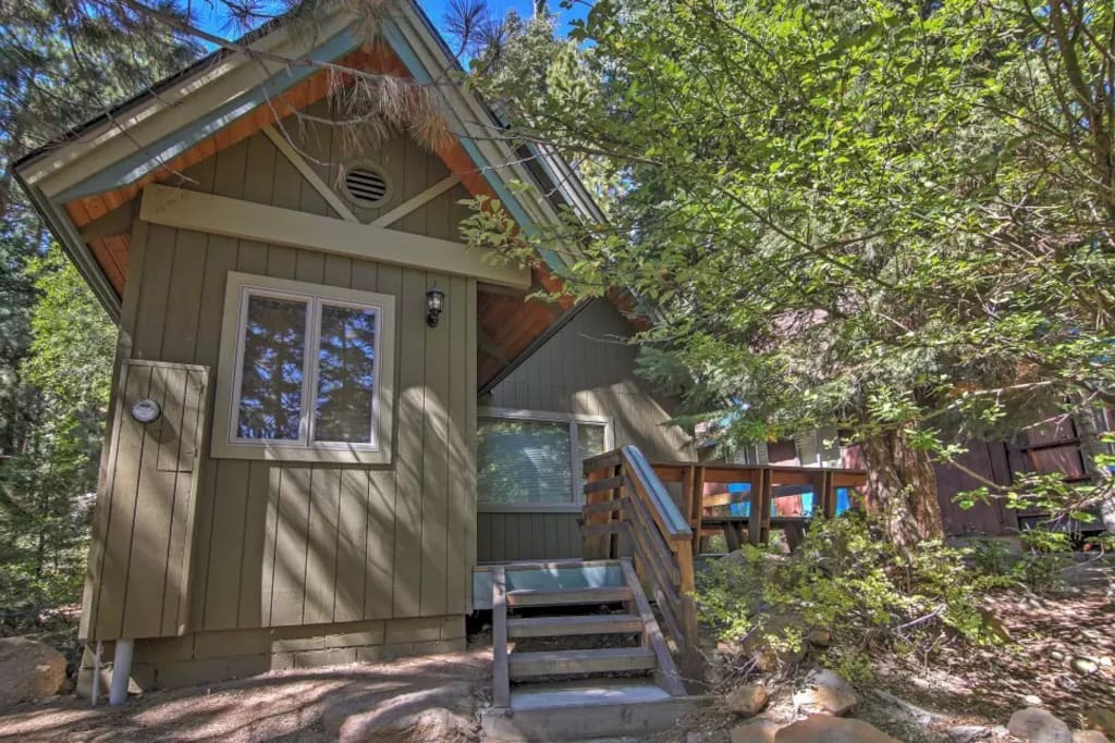 Breathtaking 2br incline village cabin cabins for rent for Cabin rentals in nevada