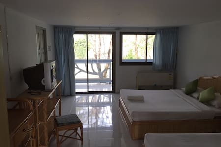 Private Room 1 Cheap Monthly-Weekly - Amphoe Bang Saphan - Apartment