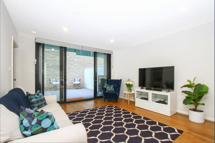 Executive two bedroom retreat in Kingston, ACT.
