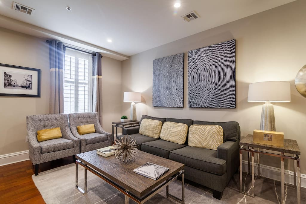 Living Room with queen size pull-out couch