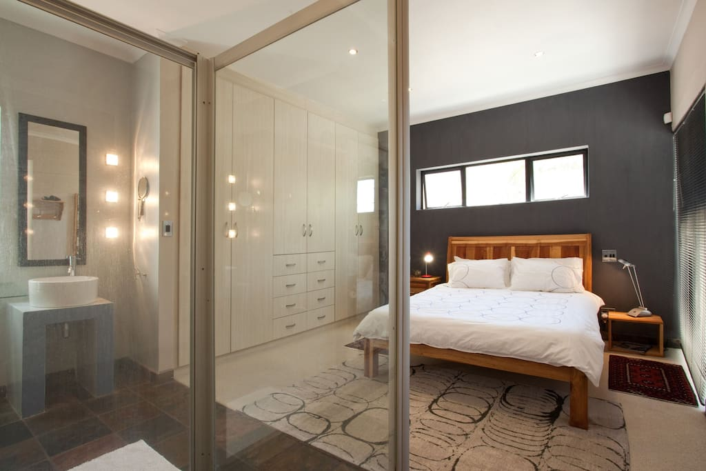 Queen size bed with private bathroom