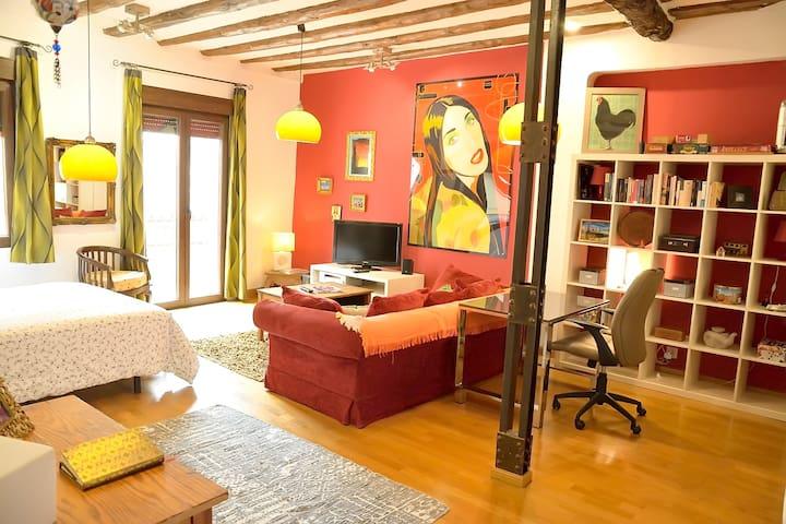 """""""Casa Diana"""" zona centro a 9 min. del Pilar"""