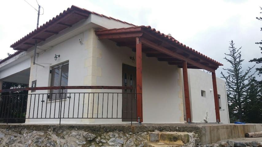 Kallirroi's little cottage (Chania) - Kefalas - Dům