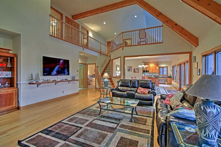Windham Home w/Game Room, Hot Tub and 360Mntn View