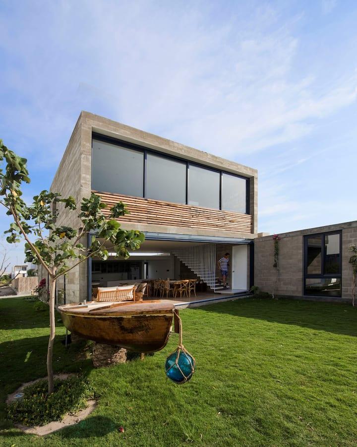 Bogavante House