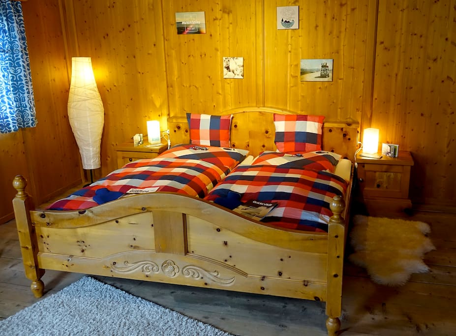 Bluebird zillertal panoramic double bed breakfasts for for Beds 4 u ottery