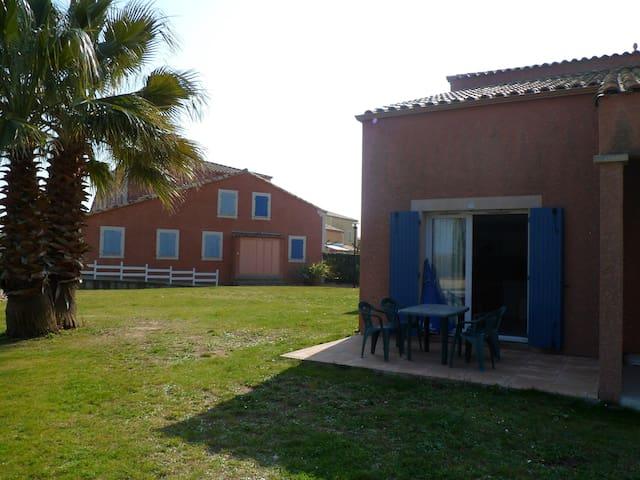 4 places VALRAS Plage proche - Béziers - Ortak mülk