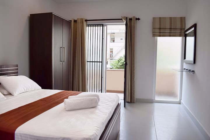 Galle Face Views- Private Suite