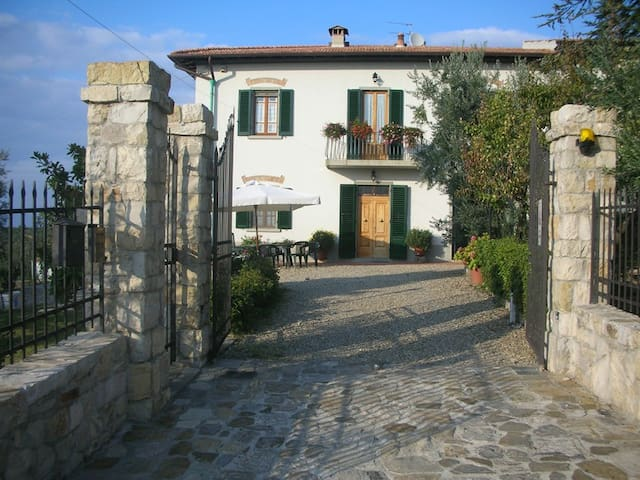 Lovely apartment in the heart of Chianti - San Casciano in Val di pesa - Appartement