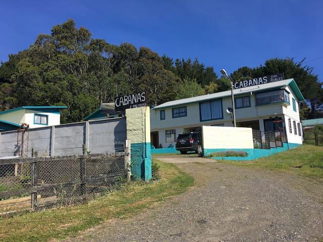 Cabañas Los Robles, Puerto Saavedra.