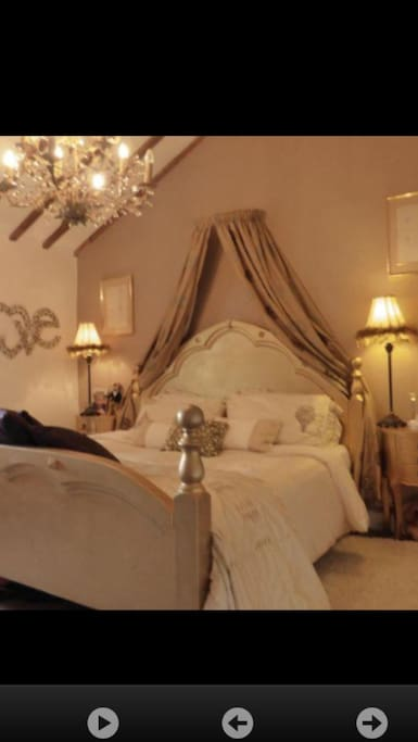 Large Bedroom with lovely furnishings