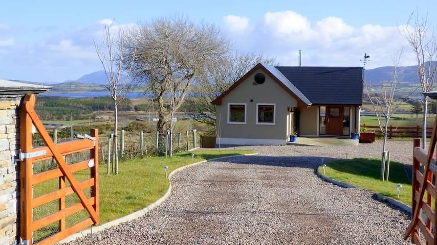 Tranquil Mulroy Drive Cottage - Carrickart