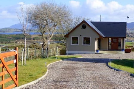 Tranquil Mulroy Drive Cottage