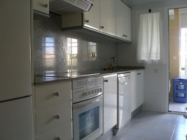 Apartamento 3 habitaciones, 2 baños - Platja de l'Arenal - Leilighet