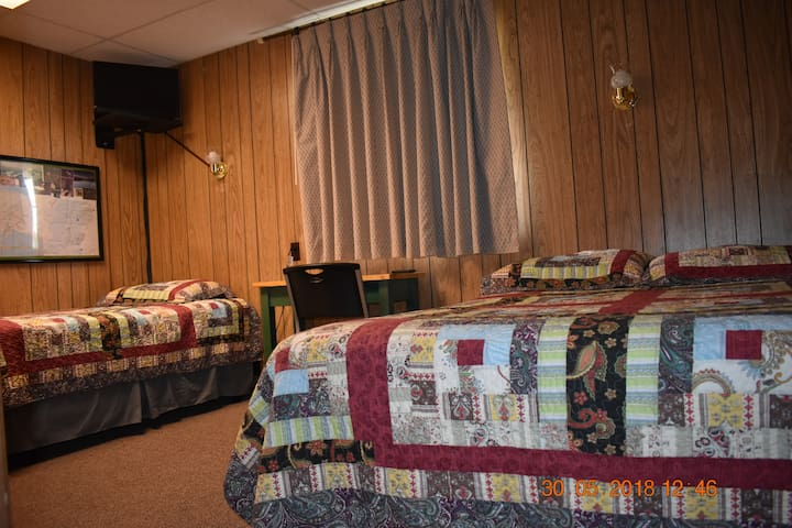 Denali National Park area,  2 Beds W/bath