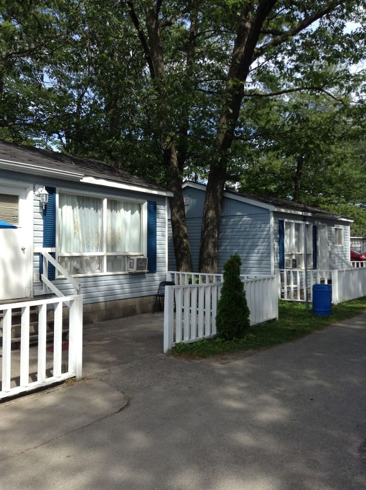 Wasaga Beach Blue Coast Cottage #10