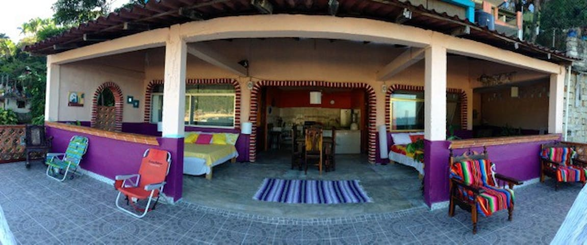 Beach front house in Beautiful Yelapa - Yelapa