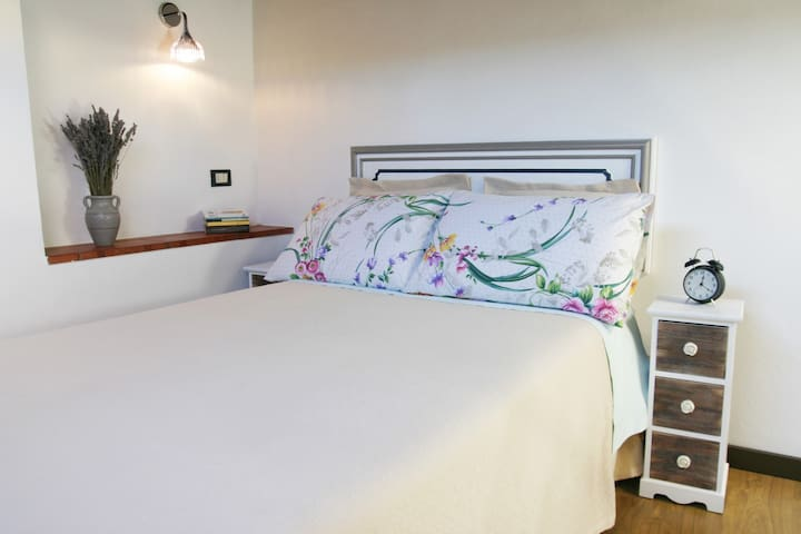 Studio 18 Santa Croce in Historical Center! - Florence