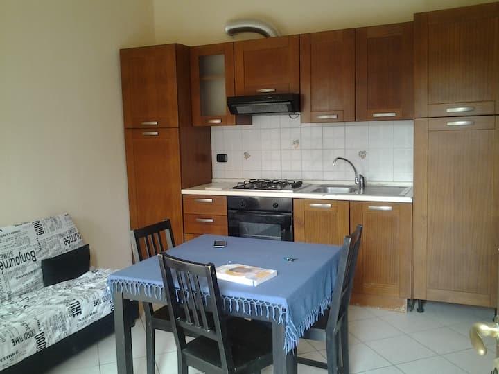 appartamento indipendente con cortiletto privato
