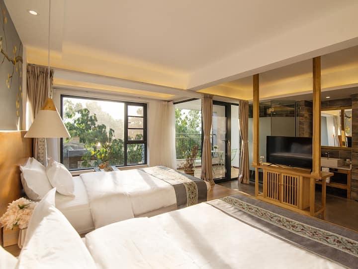 【国庆超值】带阳台温馨三人间、三张床、可多人入住、超大独栋海景别墅、公区超大、附网红拍照天空之境、