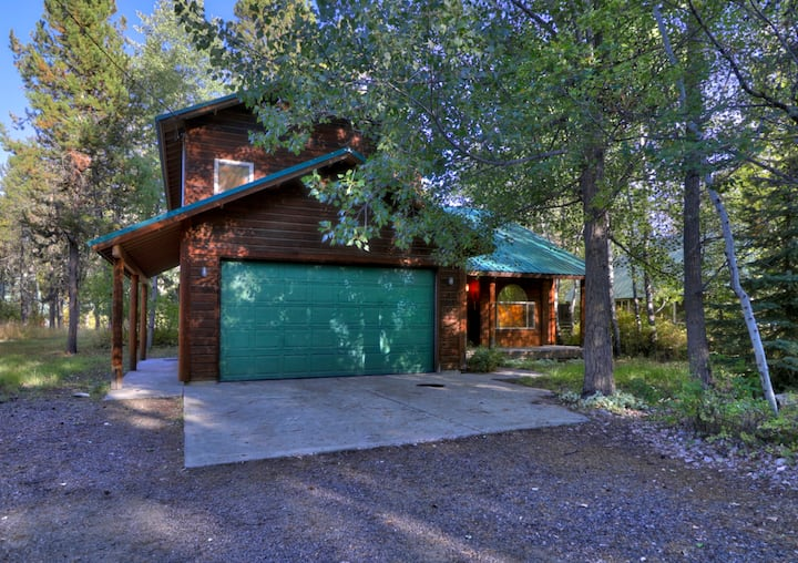 Jasper House near lake, Shorelodge, Brundage!