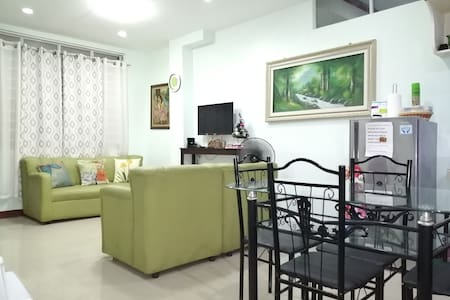COZY 2 bedrm HOUSE in GUSTILO  LAPAZ (S&E homes#1)