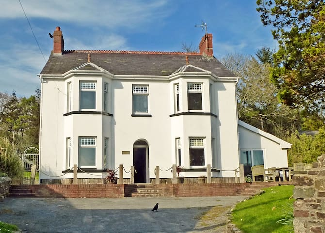 Brynafon - Luxury in Laugharne - Laugharne - House
