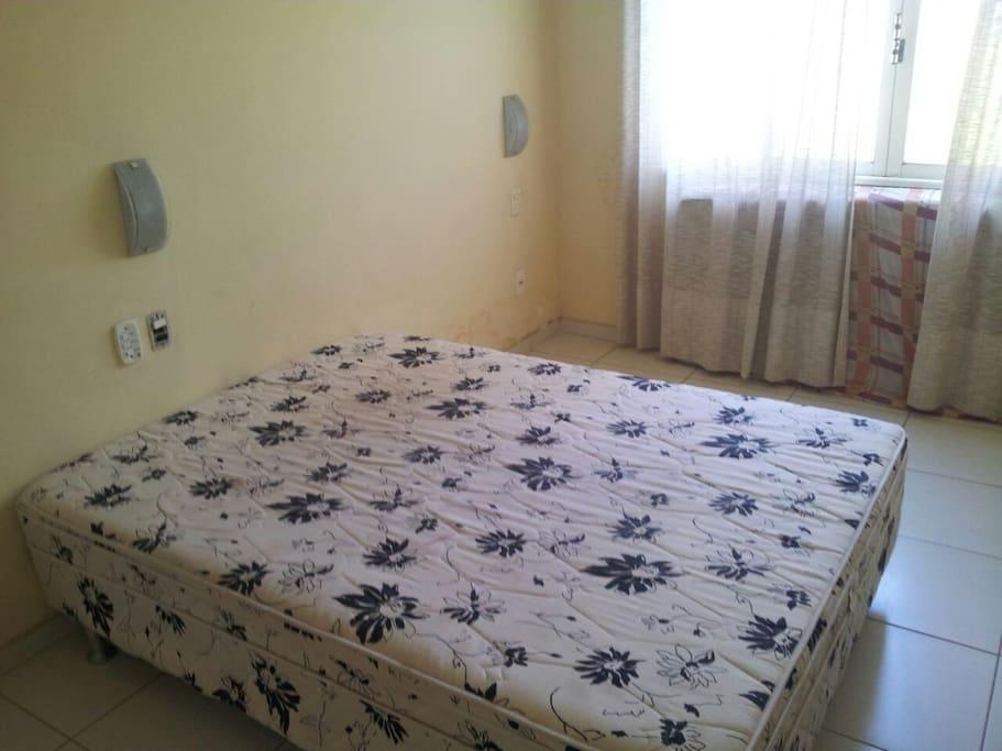 1 Suite, cama casal