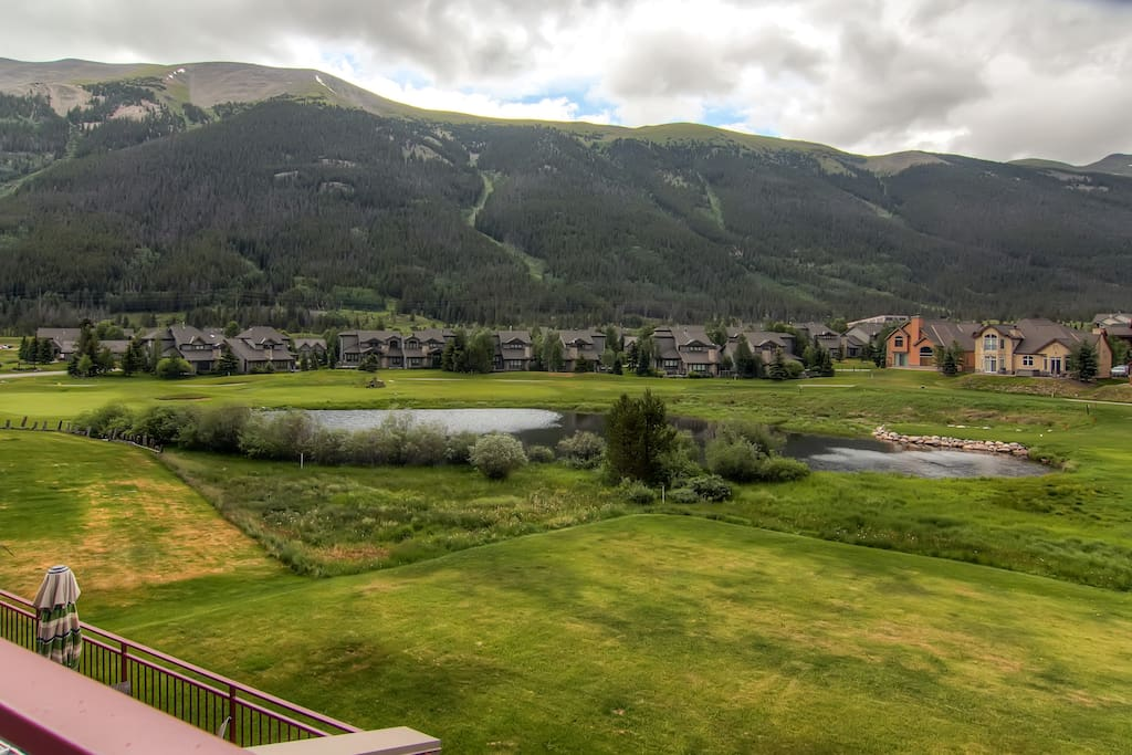 Large Patio, Mountain and Golf Course Views, (Best in Copper)