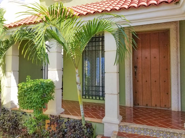 Magic Merida, lovely house, prime location