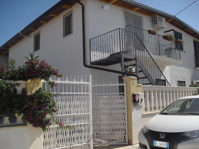 Appartamento tra lago e mare - Cagnano Varano - Wohnung