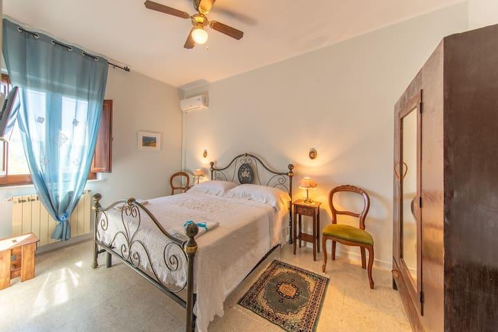 Camera Matrimoniale Delux Giacinto