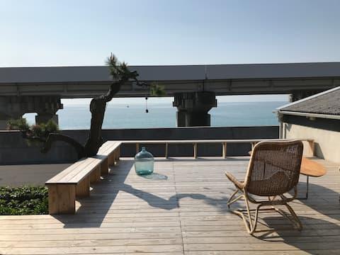 Beach Side House i Fuji-View by!