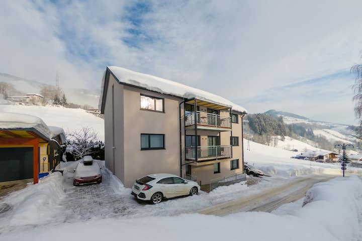 Beautiful Apartment in Sankt Georgen with Balcony