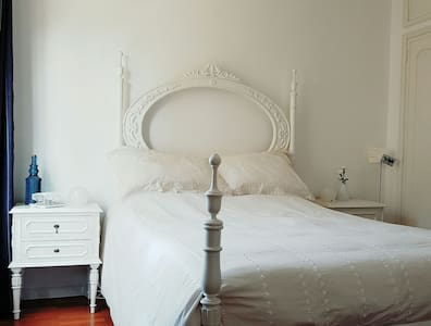 Charming classic-modern room - Senhora da Hora - Loft-asunto