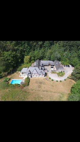 La Villa Namur