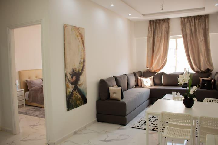 L'idéal pour un séjour à Rabat 42m  Chambre &salon