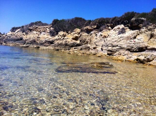 Chalet Niero a 100 metri dal mare - Punta Milocca - Cabin