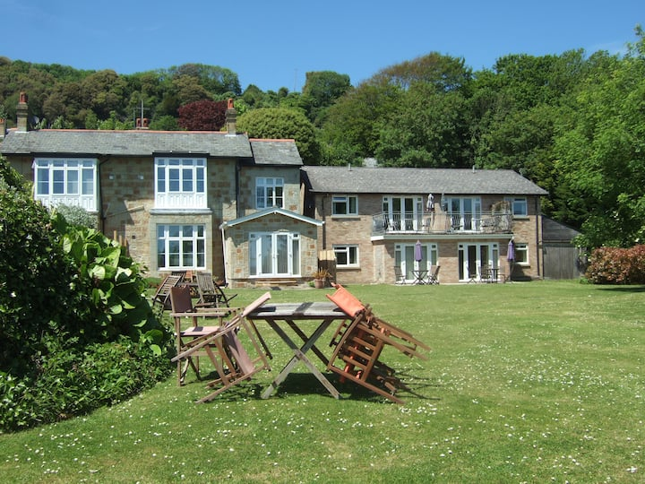 Victorian character and space, great sea views
