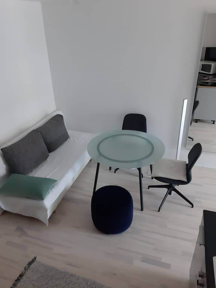 Beautiful & New open space apartment Munich East