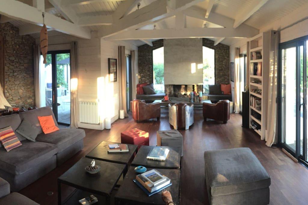 Maison d 39 architecte c te sauvage vacation homes for rent in le d 39 yeu pays de la loire france - Maison architecte mark dziewulski ...