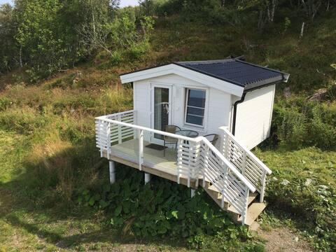 Cozy little cottage by the sea, Fjeldværøya Hitra