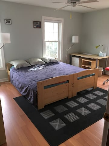 Private Bed/BA in beautiful Delafield, WI. - Delafield - Hus