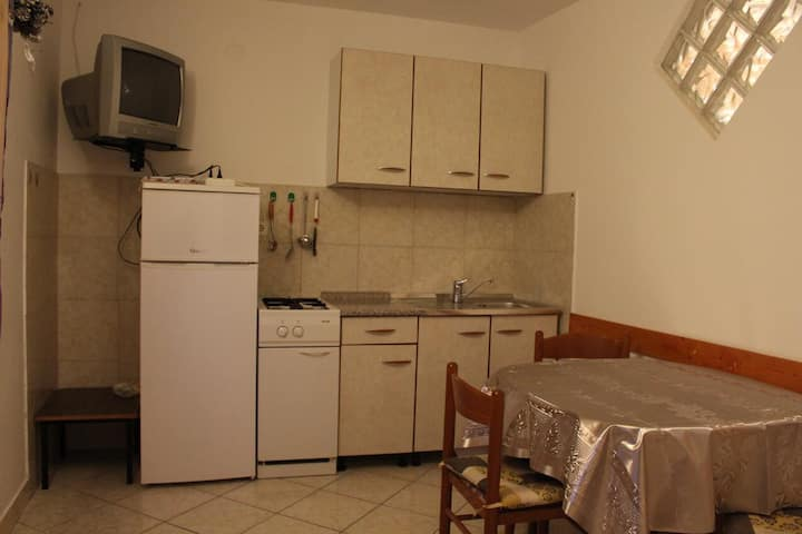 One bedroom apartment with air-conditioning Novalja, Pag (A-13033-b)