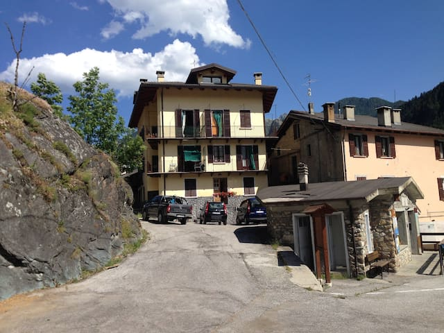 Acceglio, val Maira, rent apartments