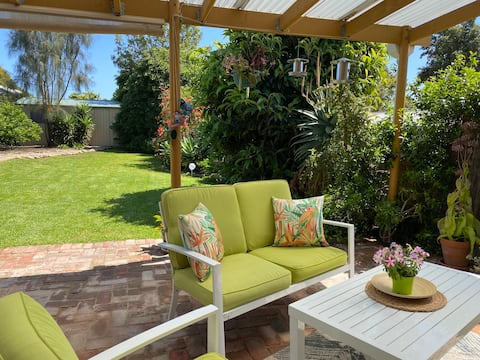 Kent Cottage - Family friendly, Wifi & Netflix