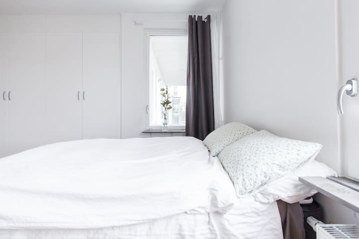 Big 3-room apt 9 min to Stockholm city centre - Solna - Daire