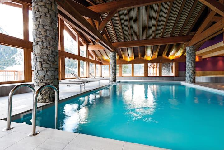 Appart Cosy Ski aux Pieds | Accès piscine + Linge de Lit Inclus